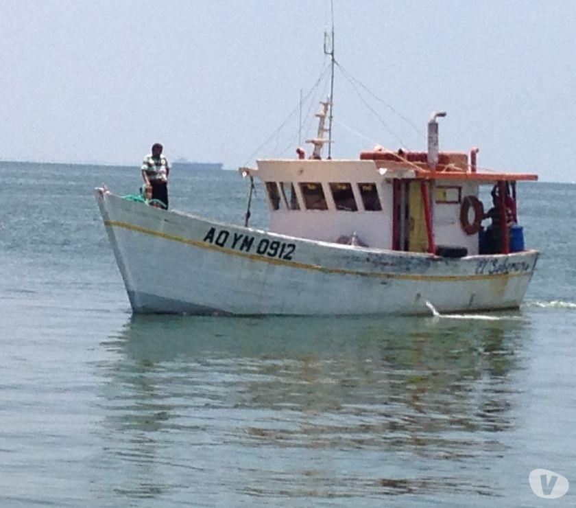 Fotos de Embarcacion Pesquera Repotenciada en VENTA