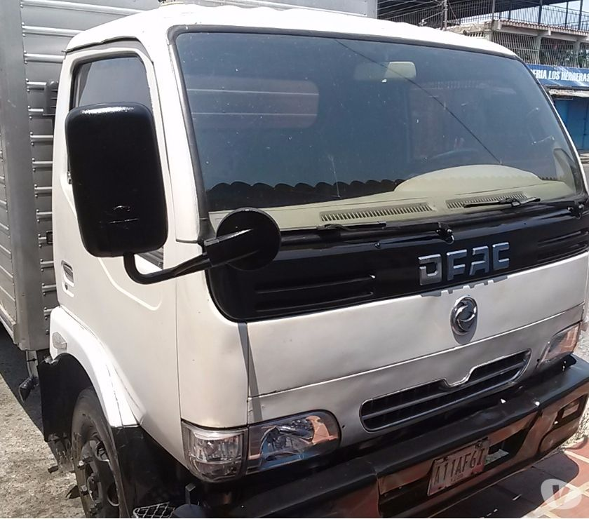Fotos de camion chino dongfeng modelo dukolita 5tomelada