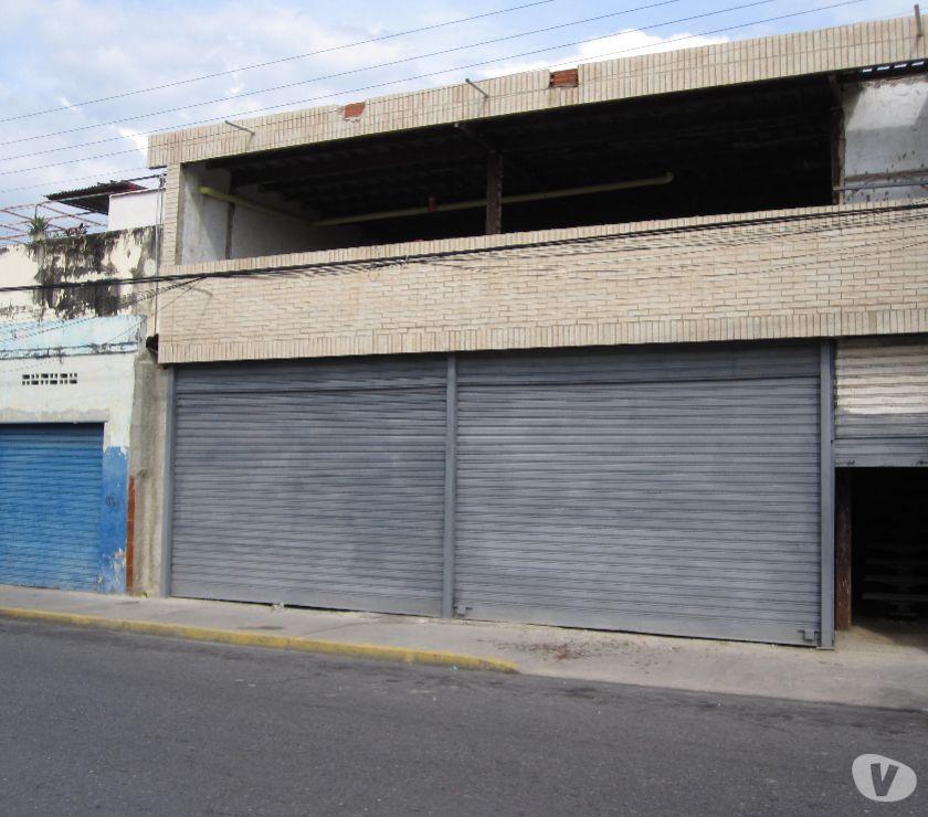 Fotos de Venta de Local Comercial de 330mts2 en Maracay